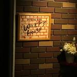 WICKY'S HOUSE -