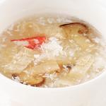 南国酒家 - ふかのひれとずわい蟹、松茸の香りとろみスープ
