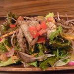 タニマチ ブタバコ - シェフのきまぐれサラダ