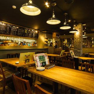 ◆開放感抜群でお洒落な空間◆OPENしたての綺麗な店内です♪