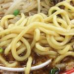 味噌屋 八郎商店 - 麺は中太ストレート系