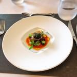 72555680 - 【アミューズ】                       厚岸の牡蠣と金糸瓜のガスパチョ                       ホワイトバルサミコのジュレと共に