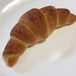 72558171 - 国産小麦100% 塩パン
