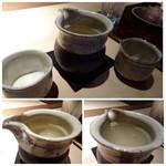 菊鮨 - 上:壱岐・横山五十。口当たりもよく美味しい。3種の中ではこれが好みでした。 左下:山形・正宗。辛口。 右下:久留米・にのや。夏らしい濁り酒。