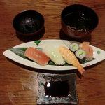 旬彩料理 おとと - お寿司と赤だし味噌汁