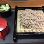 名代 富士そば - 「もり」は乱切り蕎麦。 美味しいです。