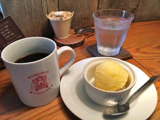 クルミドコーヒー - 朝のマグ珈琲とクルミドアイス(気まぐれ:甘夏のシャーベット)