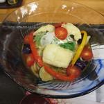 手打ちうどん 紅屋 - ハモ天と夏野菜の冷し和レーうどん
