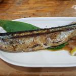 72573952 - 秋刀魚の塩焼き