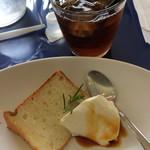 パスティーナ - シフォンケーキとパンナコッタも普通に 美味しかったです。
