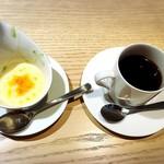 72578176 - デザートとコーヒー付き