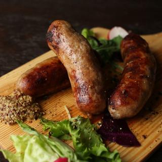 【自家製ソーセージ】道産豚肉、エゾシカ肉の2種類!