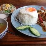 タイ料理バル タイ象 - ・ガパオライスランチセット 900円