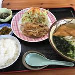 さぬきうどん 讃州 - 料理写真:豚の生姜焼き定食=600円 きつね トッピング=120円