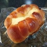 わたなべパン - ちくわパン(210円) ピリ辛ごぼう