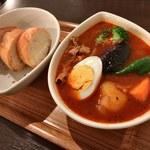 スープカレー屋 鴻 - 「赤スープ」「豚しゃぶ」1,150円