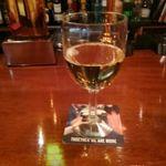 72597176 - グラスワイン・白