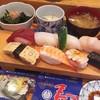 すし田村 - 料理写真:ランチにぎり1080円
