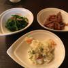 居酒屋 いち・おし - 料理写真:みつば、鶏皮、ポテサラ