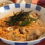 串屋 壱和 - こだわり卵の親子丼 900円。