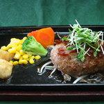 レストラン プチ・ポア - 一番人気の和風ハンバーグ♪生姜醤油ベースの甘口ソースで、ご飯がすすむ♪