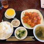 中国料理 水晶楼 - エビのチリソース炒めセット 890円