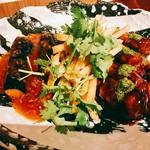 エムズグリエ - ○黒酢の酢豚と茄子のチリソース様