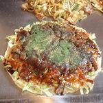 ダボレラ - スジお好み焼き