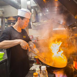 料理長料理人歴25年の技と味