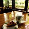 万平ホテル カフェテラス - 料理写真:窓際のカフェテラス席