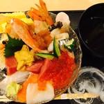 小樽おり鮨 - 特選海鮮丼の別角度