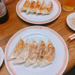 亀戸餃子 - 餃子2枚目