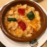 72623688 - ナバラ名物 タラ、エビ、タラバガニのトマト煮