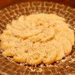 ファイ - 白桃のカルパッチョ風 ゴルゴンゾーラチーズかけ