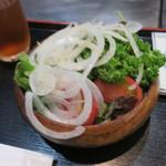 72626919 - 夜のサラダ。どの野菜も厳選されています。ドレッシングがシンプルで爽やかで好きです。