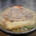 Itoshou - 料理写真:もつ煮うどん