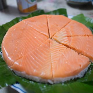 魚づ鱒寿し店 - 料理写真:鱒寿司