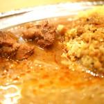 カルータラ - チキンカリーとレンズ豆カリー