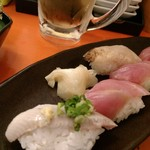 名前のない寿司屋 - ちょいちょいつまんで。