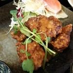 ひなたぼっこ - 鶏の唐揚げ