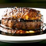 ☆牛フィレ肉とフォアグラのロッシーニ 〜トリュフソース〜 (250g)