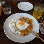 coci - ガパオ1,100円