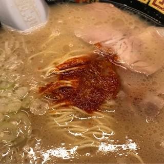 一蘭 横浜桜木町店 - 秘伝のタレ。 辛し。