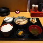 個室×地鶏串屋 園の子 - 肉豆腐定食