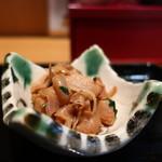 個室×地鶏串屋 園の子 - 貝の煮物アップ