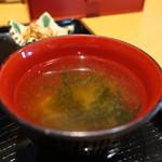 個室×地鶏串屋 園の子 - 豆腐、わかめ、青ねぎのみそ汁アップ