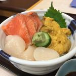 恵比寿屋食堂 - うに・帆立・サーモン丼