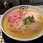 麺処 蛇の目屋 - 鶏白湯特製盛 1050円