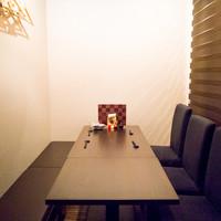 【8名様テーブル席】