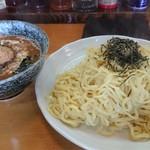 らーめん たつ - 味噌つけ麺大盛太麺アツモリ(1000円)